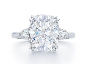 diamond-engagement-ring-at-dk-gems-online-diamond-engagement-rings-store-and-best-jewery-stores-in-st-martin-st-maarten