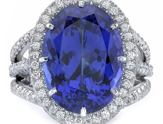 December birthstone : Tanzanite